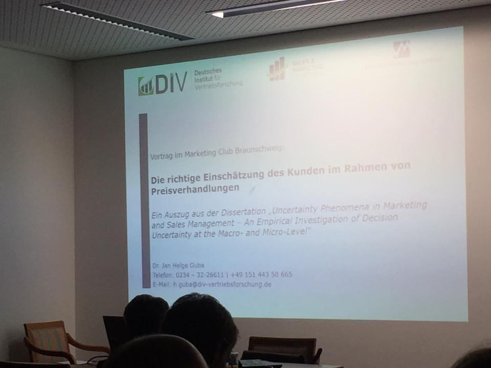 Preisverhandlung mit Jan Guba beim MarketingClub Braunschweig